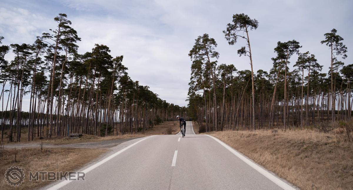 Cesta Plavecký Mikuláš - Lakšárska Nová Ves