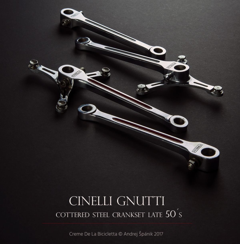 Raritné trojramenné kľuky vyrobené z ocele poistené na stredovej oske klinkami. Pre Cinelli ich koncom 50. rokov vyrobila spoločnosť Gnutti, respektíve Fratelli Brivio. Dnes už v tomto stave nezohnateľné a veľmi žiadané.