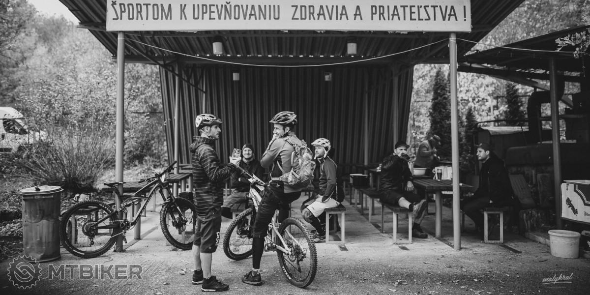 https://foto.mtbiker.sk/Other/2018/endurobojnice/bojnice_03.jpg