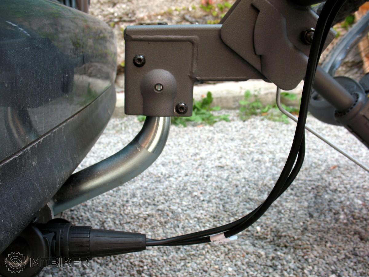 Upevnenie na ťažnú guľu a elektroinštalácia